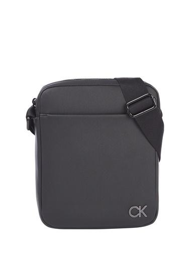 Calvin Klein Calvin Klein Erkek Sİyah Fermuarlı Postacı Çantası Siyah